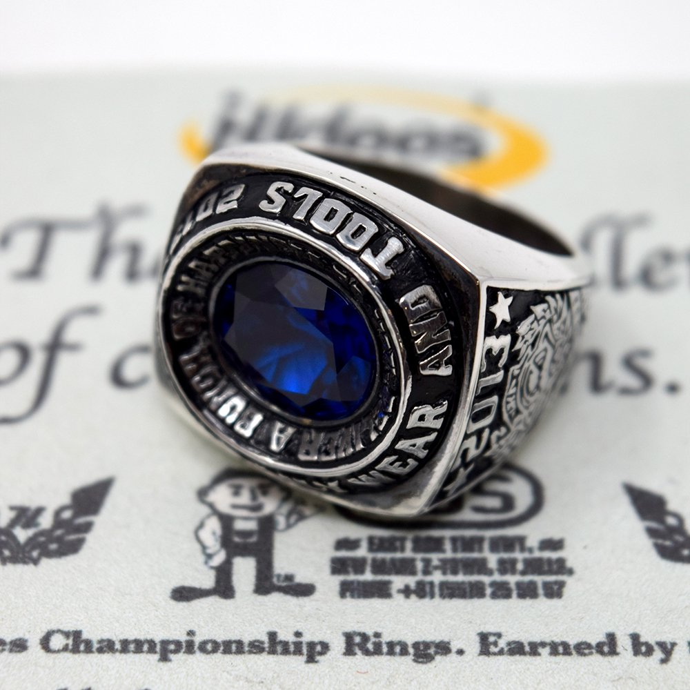 HI-DEE'S / 2013 CHAMPION RING