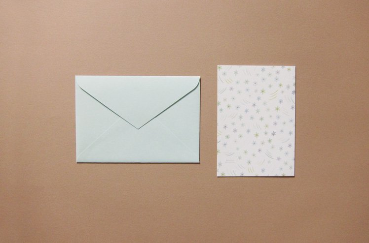 封筒付き A5二つ折りカード(ハナニラ) [篠塚朋子]