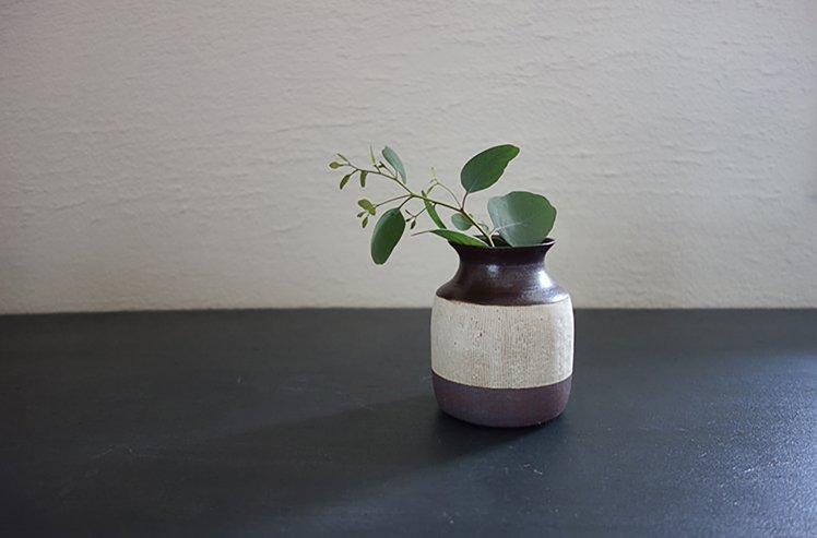 花器 Two tone vase(白泥)[今井梨絵]