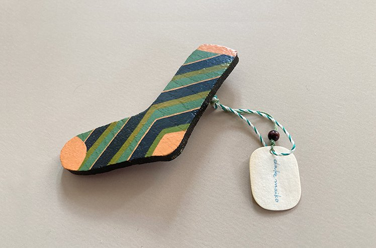 木製イラストバッチ/socks [嶽まいこ]