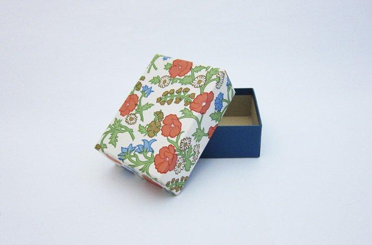 デットストックの壁紙Box-白 [ gg ]