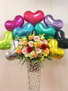 バルーンとお花のスタンド「メタリックハートアソート」