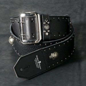 <img class='new_mark_img1' src='//img.shop-pro.jp/img/new/icons1.gif' style='border:none;display:inline;margin:0px;padding:0px;width:auto;' />50mm Width Soft Leather Guitar Strap/Round & Skull Studs