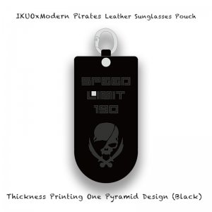<img class='new_mark_img1' src='//img.shop-pro.jp/img/new/icons13.gif' style='border:none;display:inline;margin:0px;padding:0px;width:auto;' />【 IKUOxModern Pirates Leather Sunglasses Pouch / Thickness Printing One Pyramid Design (Black) 】