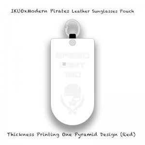 <img class='new_mark_img1' src='//img.shop-pro.jp/img/new/icons13.gif' style='border:none;display:inline;margin:0px;padding:0px;width:auto;' />【 IKUOxModern Pirates Leather Sunglasses Pouch / Thickness Printing One Pyramid Design (White) 】