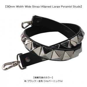 <img class='new_mark_img1' src='//img.shop-pro.jp/img/new/icons1.gif' style='border:none;display:inline;margin:0px;padding:0px;width:auto;' />30mm Width Wide Strap/Aligned Large Pyramid Studs