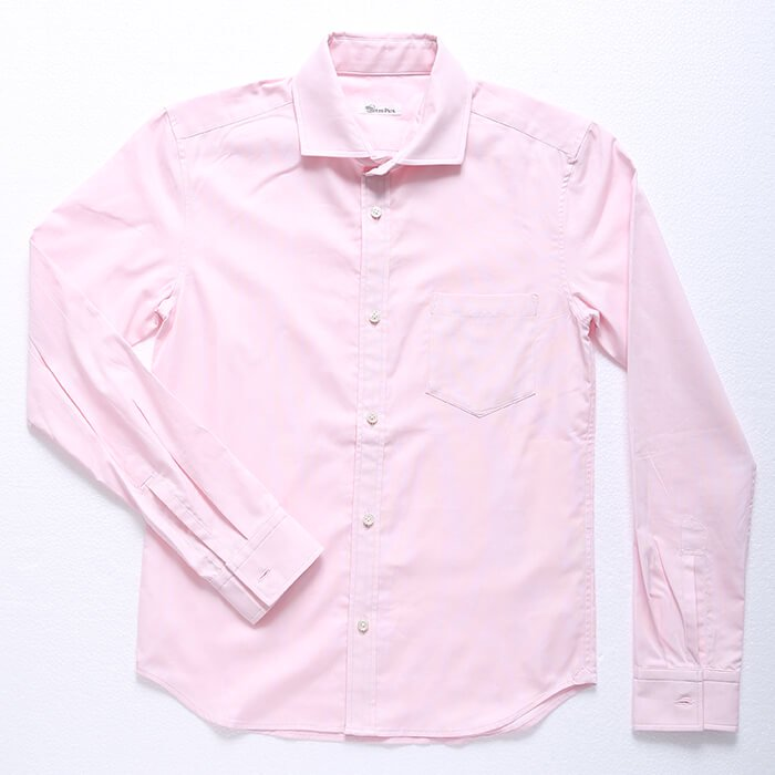 小柄な男性を一発で爽やかに!シンプルなピンクシャツです。ピンクは女性が最も話しかけやすく好感度を上げてくれる柔らかい色。様々なシーンで使えるメンズXSシャツです。
