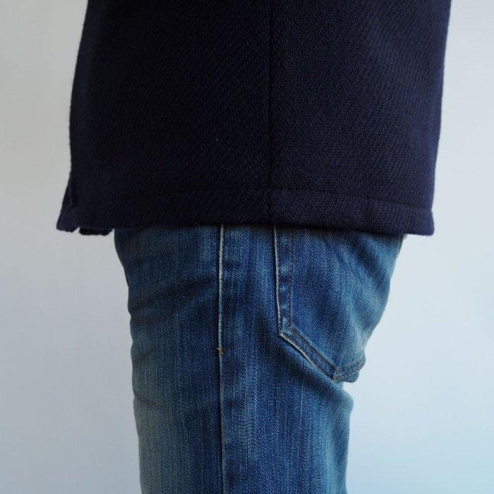 小柄低身長な男性XSサイズのマウンテンパーカー