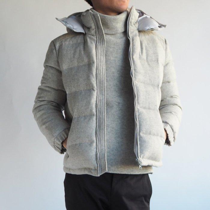防寒性抜群!生地感で魅せる大人のウールダウンジャケット(グレー)XSサイズ