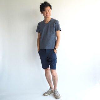 ベーシックだからこそこだわりたい、XSサイズクルーネックカットソー。オーガニックコットンを使用した上質な生地は、インナーにも最適です。1枚で着たい夏のメンズファッションアイテムです!