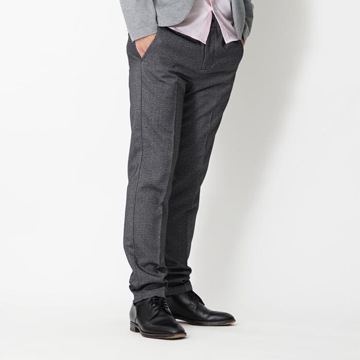 XSサイズのパンツランキング1位はヘリンボーンスラックス(チャコールグレー・XS)です。ジャケットの下やシャツの下に着るだけでオシャレな上品な一枚。