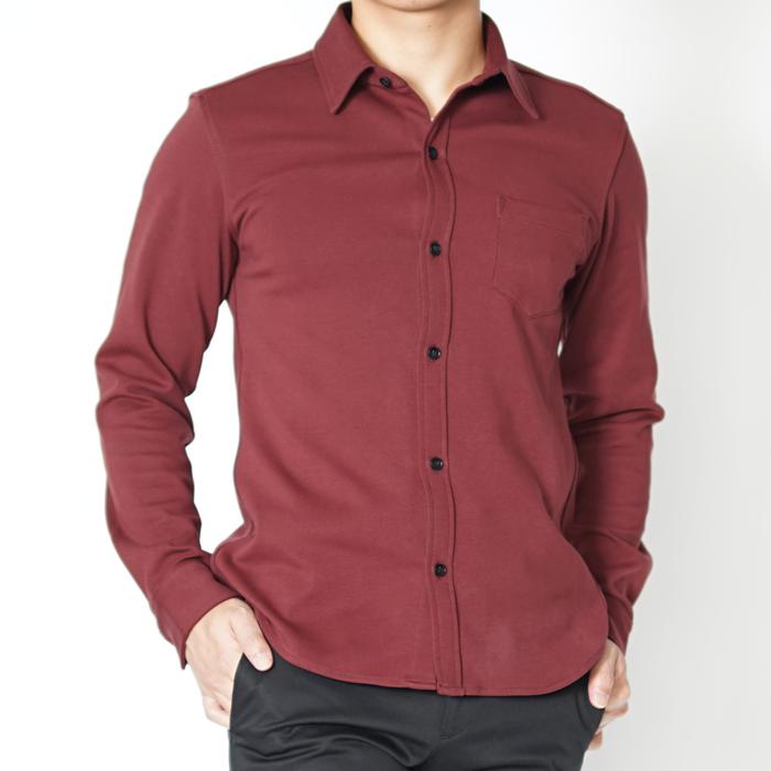 ゆったりしながらも小柄男性が着られて見えないように強くこだわった、非常にストレッチが効いたリラックス感のあるXSサイズシャツ。