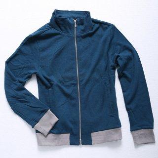 シルエット重視で、ウエストや袖がスリムに設計されたメンズXSブルゾンです。伸縮性抜群なので、ぴったりしているのに動きやすいのがポイントです!色はグリーン、エメラルドの2色。