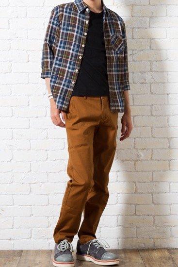 オーソドックスなメンズXS無地Tシャツ。小柄の男性のためのオリジナルの型を採用しています。
