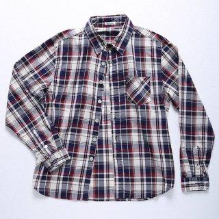 メンズXSにアメカジテイストの定番チェックシャツ登場!アースカラーの服やワークブーツなどと相性抜群!細身のパンツよりもデニムなどのワークテイストパンツにしっくりきます。