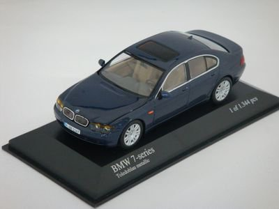 1/43 ミニチャンプス BMW 7-Series 2001 (ブルーメタリック)