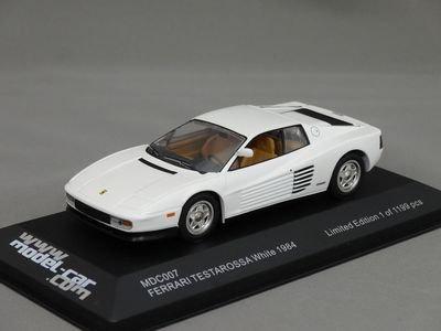 1/43 イクソ フェラーリ テスタロッサ 1984 (ホワイト)