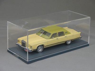 1/43 ネオ リンカーン コンチネンタル タウンカー 1977 (イエロー)