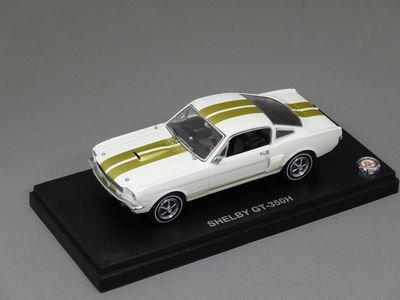 1/43 KYOSHO シェルビー GT 350 (ホワイト/ゴールド)