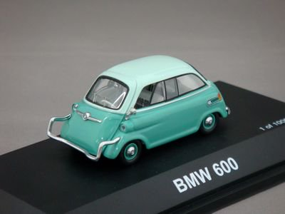 1/43 シュコー BMW 600 1000PCS Limited Edition (ミントグリーン/ライトグリーン)