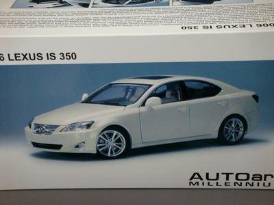 1/18 オートアート TOYOTA レクサス IS 350 2006 (クリスタルホワイト)