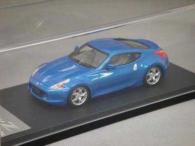 1/43 hpiレーシング ニッサン フェアレディ Z (プレミアムルマンブルー)
