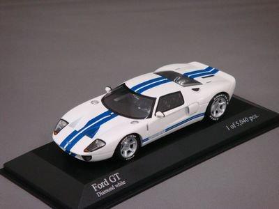 1/43 ミニチャンプス フォード GT 2004(ホワイト)