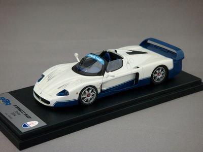 1/43 BBR マセラティ MC12 スパイダー 2004 (ホワイト/ブルー)