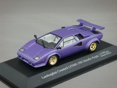 1/43 イクソ ランボルギーニ カウンタック LP500S 1985 (メタリックパープル)