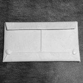 Kagari Yusuke(カガリユウスケ) 封筒型長財布[ホワイト](その他)