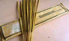 天然手作り線香 サンダルウッド(白檀)/ Sandalwood Incense