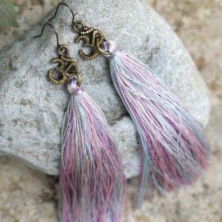 <VANI COLLECTION>ロングタッセルピアス/Long Tassel Earrings