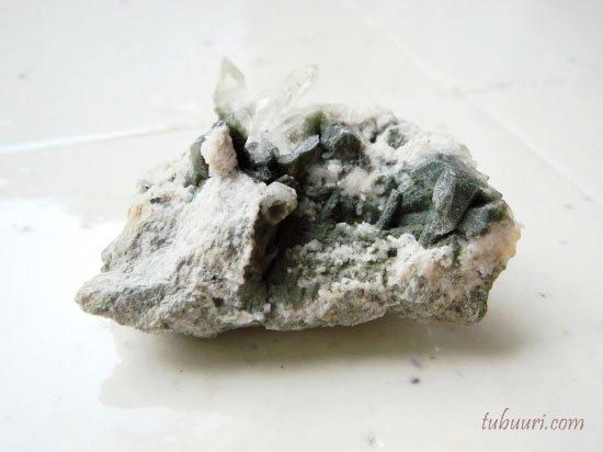 一点もの!ガネーシュヒマール産ヒマラヤ水晶・原石・約49.3x37x23.6mm【1個1,280円】NO.252