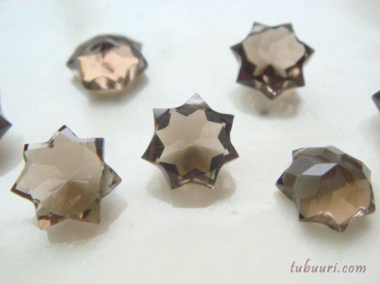 宝石質!スモーキークォーツAAAスターカット(星)約8x8x4~8.9x8.9x4.9mm【1粒580円】