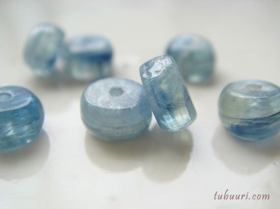 タンザニア産!ブルーグリーンカイヤナイトAAロンデル約7x7x3.5~4.6mm【1粒99円】