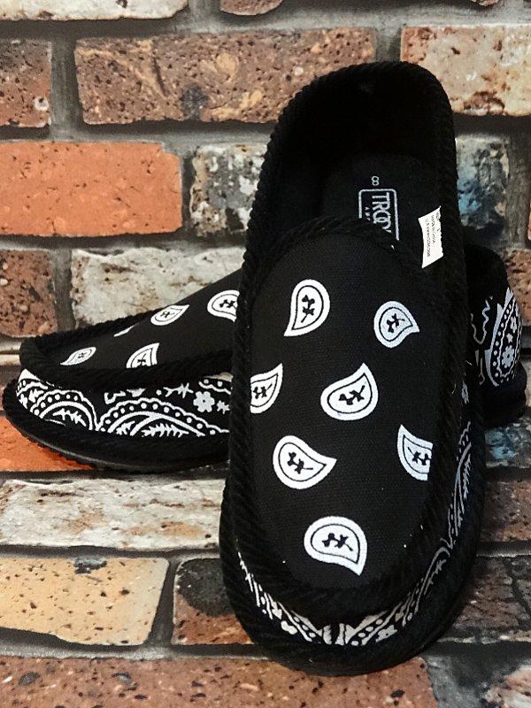 trooper ハウスシューズ ペイズリー柄 bandana slip on shoes  カラー:ブラックxホワイト