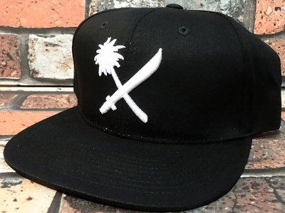 us versus them アスバーサスゼム  スナップバックキャップ (CROSS CUT) snap back cap カラー:ブラック