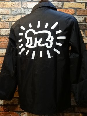 <img class='new_mark_img1' src='https://img.shop-pro.jp/img/new/icons24.gif' style='border:none;display:inline;margin:0px;padding:0px;width:auto;' />Thrasher x Keith Haring スラッシャーxキース・ヘリング コーチジャケット  カラー:ブラック
