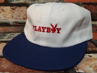 GOODWORTH グッドワースx PLAYBOY  キャップ (BUNNY TEXT  CAP) カラー:ホワイトxネイビー