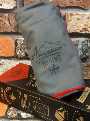 Gentlemen's Hardware ジェントルメンズ ハードウェア Travel Towel トラベルタオル 軽量マイクロファイバータオル (アドベンチャービギンズ) カラー:グレー