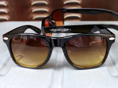 kustomstyle カスタムスタイル トイサングラス (KSSG-012-003) paradise toy sunglass black/yellow fade smoke lens