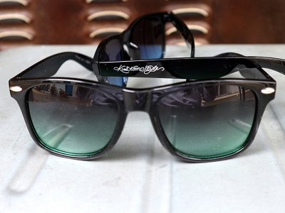 kustomstyle カスタムスタイル トイサングラス (KSSG-012-002) paradise toy sunglass black/green fade smoke lens
