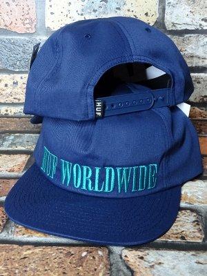 HUF ハフ スナップバックキャップ SERIF SNAPBACK CAP カラー:ネイビー
