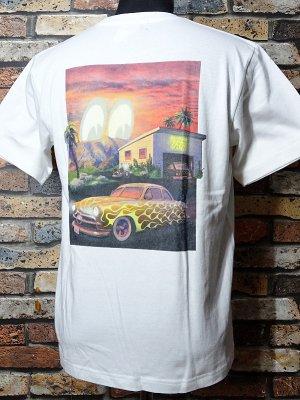 KUSTOMSTYLE×MOONEYES×USVERSUSTHEM コラボレーションTシャツ (KSMEUVTTEEWH) collaboration T-shirts カラー:ホワイト