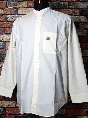 RealMinority リアルマイノリティー 長袖スタンドカラーシャツ(GRAFFTAG) カラー:アイボリー