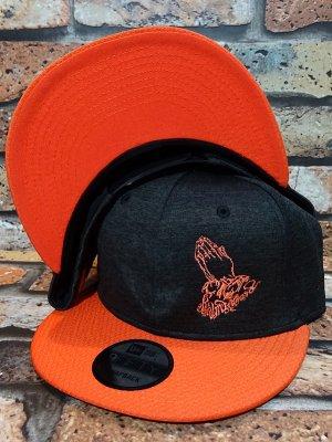 RealMinority リアルマイノリティー スナップバックキャップ (PrayingHands) NewEra ShadowHeather Striped cap カラー:ブラックヘザー×オレンジ