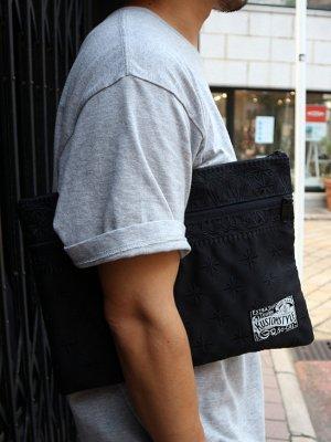 kustomstyle カスタムスタイル クラッチバッグ (FCCB0902BKBK) bandana clutch bag カラー:ブラック×ブラック刺繍