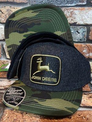 JOHNDEER ジョン・ディア スナップバック キャップ (Emb Patch 19165) カラー:チャコール×カモ