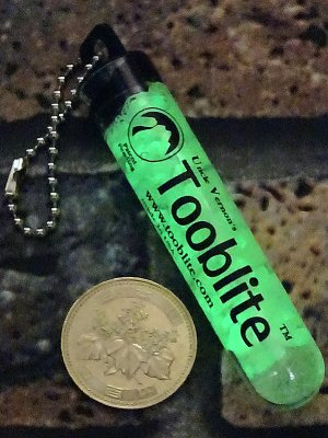 GLOW STICKS Tooblite 3in 蓄光 キーホルダー Made in USA
