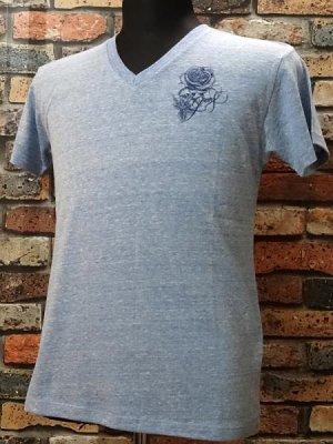 parasite パラサイト VネックTシャツ Guns  カラー:オーセンティック ブルー